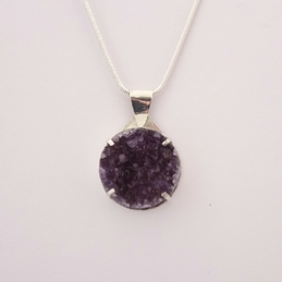 ST1188 Natural Amethyst in silver pendant